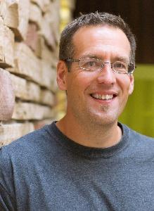 Derek Schutt